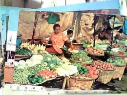 THAILAND MARKET VENDORS LAVORO DONNE WOMAN FRUITS IN TE KLONG   N1975 FN3471 - Tailandia