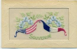 Carte Brodée Militaire - Souvenir, Drapeaux: France Et Etats Unis - Brodées
