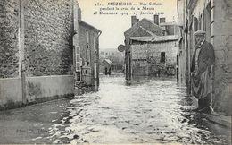 Mézières - Rue Collette Pendant La Crue De La Meuse 25 Décembre 1919 - 17 Janvier 1920 - Carte Non Circulée - Inondations