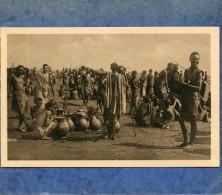 RUANDA - ASTRIDA - MARCHANDS DE BIERE DE BANANES - Ruanda-Urundi