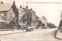 DEAUVILLE - Le Temple Protestant - Avenue De La République - Deauville
