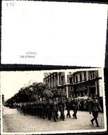 216623,Foto Ak Soldaten Uniform Marsch Aufmarsch V. Wien Schottenring Börse - Geschichte