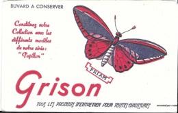 Buvard  GRISON  Tous Les Produits D'entretien Pour Toutes Chaussures  Avec  Un  Animal  Papillon  PRIAM - Buvards, Protège-cahiers Illustrés