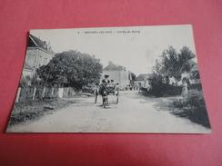 ROUVRES LES BOIS Entrée Du Bourg - Francia