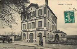 - Depts Div.-ref-HH850 - Allier - Lapeyrouse - L Ecole - Ecoles - Carte Bon Etat - - Frankrijk