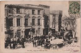 CPA 13 SALON Foule Devant La Mairie - Salon De Provence