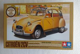 2 CV  Citroën      1/24 Tamiya - Cars