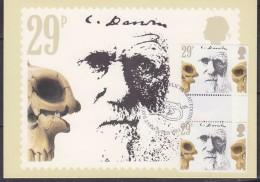 Great Britain 1982 Charles Darwin 29P (Prehistoric Skulls) Gutter Pair On Maxicard (31185) - Maximumkaarten