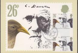 Great Britain 1982 Charles Darwin 26P (Finches) Gutter Pair On Maxicard (31186) - Maximumkaarten