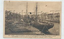 Sete Ou Cette (34) : GP D'un Cargot à Quai Chargement Des Tonneaux De Vin En 1934 (animée) PF . - Sete (Cette)