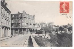 DINARD - Le Grand Hôtel - Train - Dinard