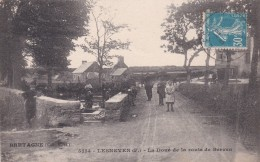 29 LESNEVEN, La Doué Sur La Route De Berven, Animée - Lesneven