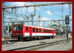 LE RAIL USSELLOIS - En Gare De Limoges Bénédictins    - N°273 -   ( Scan Recto Et Verso ) - Gares - Avec Trains