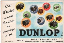 Juil16    75683   Buvard   Pneus Dunlop - Gas, Garage, Oil