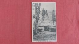 The Chiefs Hut  Couli  New Caledonia -------ref  2277 - New Caledonia