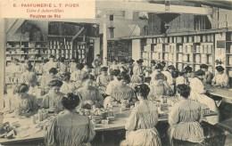 PARFUM L.T. PIVER - THEMES; PARFUM, PARFUMERIE -POUDRES DE RIZ - ANIME- USINE D´AUBERVILLIERS (93) - TB - Perfume Cards