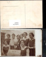 336467,Politik Gruppenbild Frauen M. Mann Schild Hoch Österreich - Geschichte