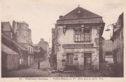 9M - 56 - Ploërmel - Morbihan - Vieilles Maisons Du XV Siècle Dans La Vieille Ville - N° 12 - Ploërmel