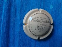 Capsule De Champagne Nicolas Feuillatte - Publicité