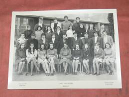 """MARSEILLE 15 EME ARRONDI 1969/ 70 PHOTO DE CLASSE LYCEE NORD"""" ST EXUPERY """"MARSEILLE  / FORMAT 24X18 CM - Lieux"""