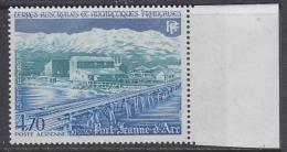 TAAF 1984 Port Jeanne D´Arc 1v (+ Margin)  ** Mnh (TA122F) - Luchtpost