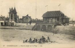 14 COURSEULLES ENFANTS JOUANT SUR LA PLAGE LL - Courseulles-sur-Mer