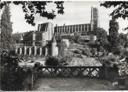 CPM - FRANCE (81) - ALBI  - La Basilique Ste Cécile Et Ancien Palais Archiépiscopal , Remparts ... . - Albi