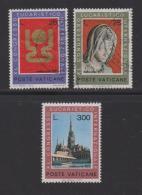 VATICAN, 1973, Mixed Stamps , Eucharitic Congress, 615-617, #3988 Complete - Vatican