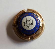 CAPSULE Champangne  Pommery Brut Royal (petite)  Voir Photo - Pomméry