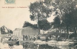 21    Canal De Bourgogne -  LE  SCAPHANDRIER - France