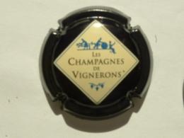 CAPSULE DE CHAMPAGNE  - GENERIQUE N°667 - Capsules