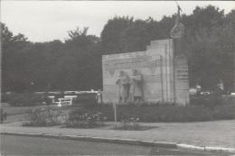 Melle  Monument Van De Franse Soldaten  Postwandelclub Gent 1 - Melle