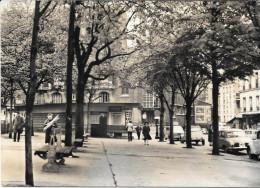 Paris 19 Eme Place Des Fetes Metro - Places, Squares