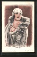 Künstler-AK Pola Negri Im Pelzmantel Gehüllt - Acteurs