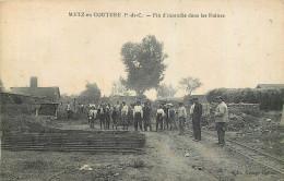62 - PAS DE CALAIS - Metz En Couture - Incendie Dans Les Ruines - France