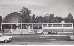 BERLIN VW-Käfer Vor Zeiss Planetarium, 1968, US Astronauten In Berlin, Astronomie, Zeiss Planetarien In Aller Welt - Werbung
