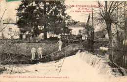 CPA - VILLENEUVE-sur-BELLOT (77) - Aspect Du Glacis Et Du Moulin En 1908 - France