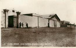 Algérie - Militaria - Camps - Militaires - Bechar - Colomb Béchar - Camp Capitaine Debenne Et Autos Spéciales - Bon état - Bechar (Colomb Béchar)
