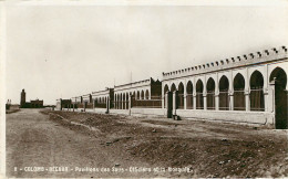 Algérie - Militaria - Camps - Militaires - Bechar - Colomb Béchar - Pavillons Des Sous Officiers Et La Mosquéé -bon état - Bechar (Colomb Béchar)