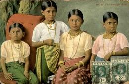 CEYLAN - Kandyan - Groupe De Jeunes Filles – A Voir – Lot N° 18134 - Sri Lanka (Ceylon)