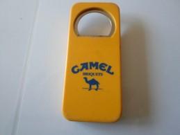 DECAPSULEUR CAMEL MARQUES BRIQUETS   ****   A   SAISIR   ***** - Bottle Openers