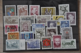 A 012 ++ OOSTENRIJK AUSTRIA AUTRICHE GESTEMPELD USED LOT ++ SEE PICTURE - Postzegels