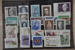 A 014 ++ OOSTENRIJK AUSTRIA AUTRICHE GESTEMPELD USED LOT ++ SEE PICTURE - Postzegels