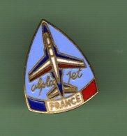 ARMEE DE L´AIR *** PATROUILLE DE FRANCE *** ALPHA JET - FRANCE Signe PARIS INSIGNES *** 0017 - Army