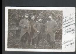 CARTE PHOTO AVEC GROUPE DE MILITAIRES, AMIENS 1914-1916, SUR LES COLS/ 23 Et 17 - Personen