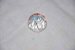 Insigne Instructeur Alpinisme FFM     F.I.A édition Lyon - Sport Invernali
