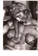 N2959 CARTOLINA CON SCULTURA DEL MICHELANGELO: La Notte ( Dett. ) Cappella Medicea, Firenze _ NON VIAG. - Sculptures