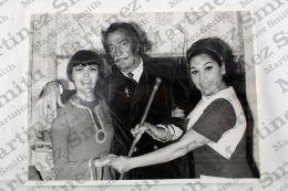 Salvador Dali, Mireille Mathieu & Maruja Garido Unique Original Press Photo - Famous People