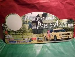 PLAQUE DE RALLYE LISIEUX DOUBLE FACE  2003 / 2011 DES 10 ANS 1ER RALLYE NATIONAL DU PAYS D'AUGE - Plaques De Rallye