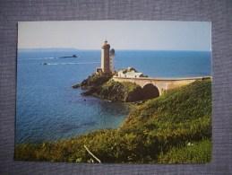 PLOUZANE  -  29  -  La Pointe Du Minou  -  Le Phare  -  Finistère - France